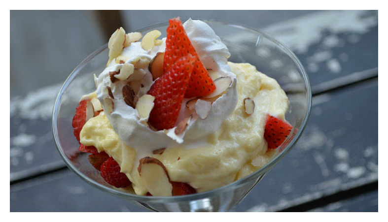Strawberry Cheesecake Pudding Parfait