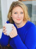Kristin  Lloyd-Moussa Psychotherapist Picture